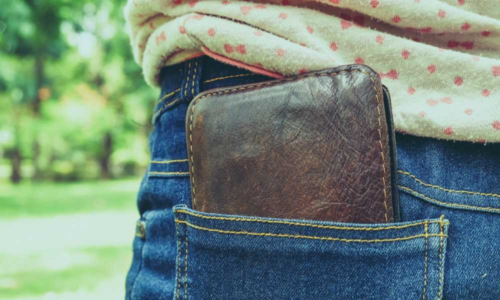 How to Sew a Wallet with Pockets