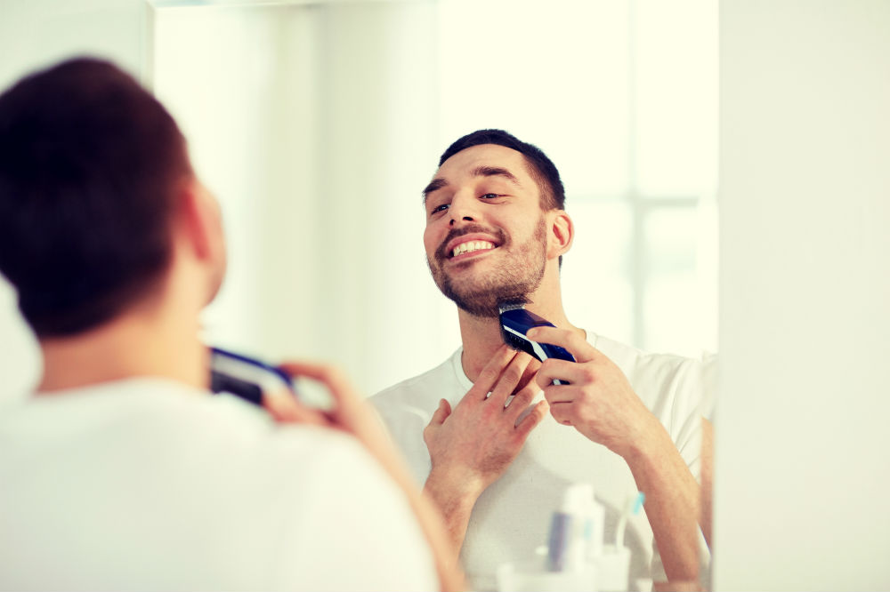 How to Use a Beard Trimmer 3