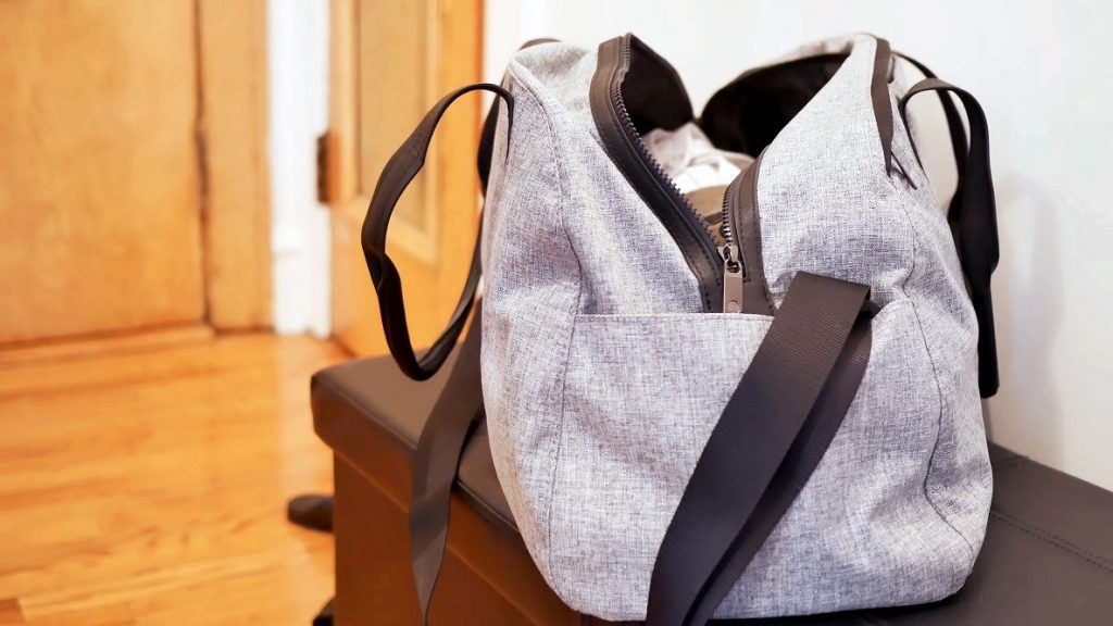How to Pack a Backpack for Travel: The Basic Tips